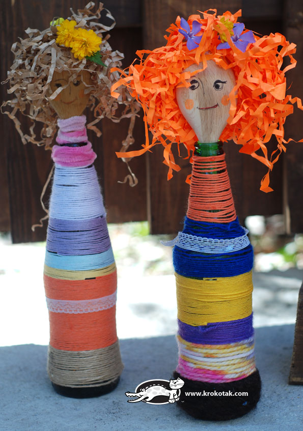 wooden spoon dolls