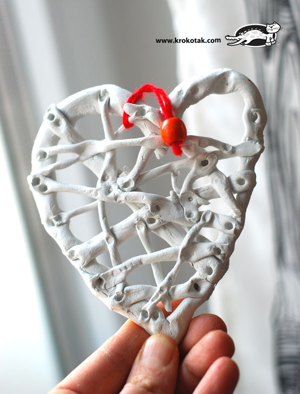 Clay heart for colouring
