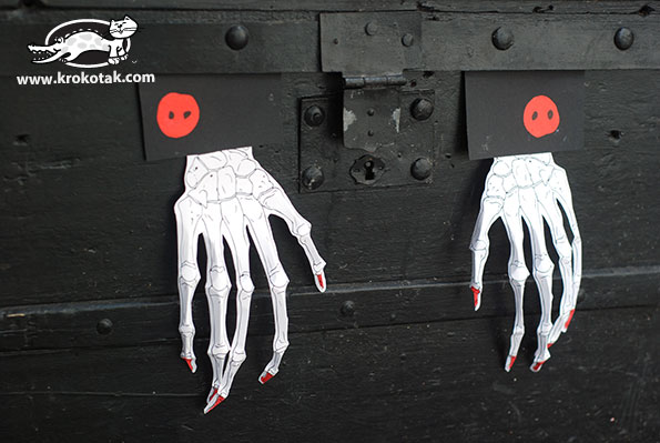 Scary hands from paper - A Halloween Decoration